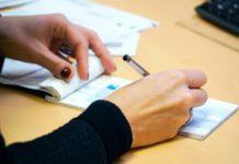 Banque, chèque, moyen de paiement