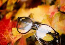 paire de lunettes de vue