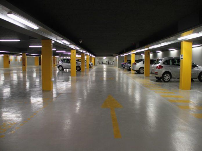 Parking pour se garer à Roissy